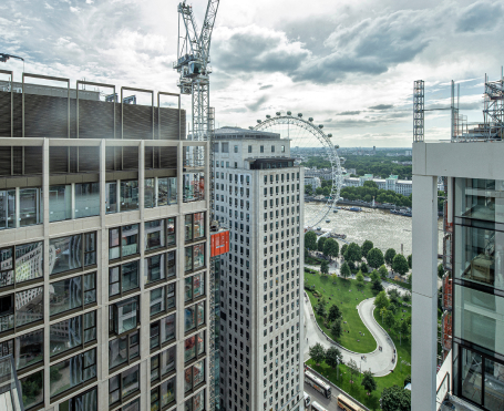 2015 Southbank Place becomes the first ever construction project to receive Ultra Site status from the Considerate Constructors Scheme